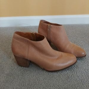 Lucky Brand Tan Ankle Boots